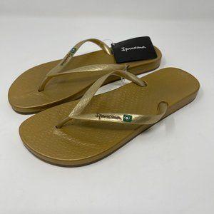 Ipanema Grendene flip flop sandals gold NWT 9